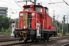 362 419 im Hannover Hbf (115_198) Tags: br362 v60 db schenker hannover hbf hh rangierlok dieselmotor gleis 6