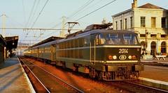 1979   2706  B (Maarten van der Velden) Tags: belgië belgium belgien belgique belgica namur nmbs sncb nmbs2014 sncb2014 nmbsreeks20 série20