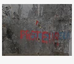 [ B L E U  /  B L A N C  /  R O U G E ] (michelle@c) Tags: urban cityscape city wall abstraction quay subway station metro troiscouleurs blue white red blau weiss rot cinematographic tribute mmmkk explore parisxiv 2018 michellecourteau