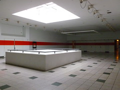 Forest Fair Mall, Cincinnati, OH (278) (Ryan busman_49) Tags: forestfair cincinnatimills cincinnatimall cincinnati ohio mall deadmall vacant