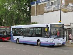 First Glasgow 44527 SN62AYV (J.G1004) Tags: first glasgow depot 200 dumbarton e200 enviro alexander dennis 44527 sn62ayv overtown firstberkshire firsthampshireanddorset