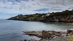 Howth (Raúl Alejandro Rodríguez) Tags: mar sea rocas rocks costa coast colinas hills acantilados cliffs casas houses howth irlanda ireland