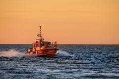 Knurrhahn (*AdeCo*) Tags: rostock warnemünde ocean ostsee meer nacht nachthimmel sonnenuntergang sundown schiff ship maritim mecklenburgvorpommern
