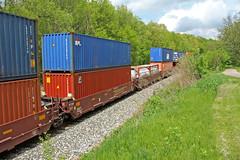 Containers (craigsanders429) Tags: stacktrains csxstacktrains kentohio csxnewcastlesubdivision containertrains