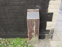 The Armada Post, Martin's Score, Lowestoft, Suffolk (LookaroundAnne) Tags: gwuk post monument thespanisharmada armadapost score martinsscore highstreet lowestoft suffolk
