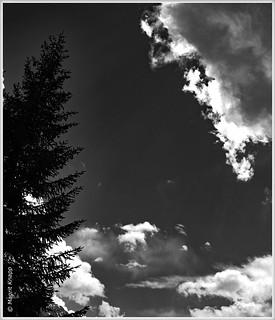 Wolken  ziehen vorbei! :-)