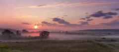 Lever du jour du 30-08-2017 (gaudreaultnormand) Tags: brume canada leverdesoleil longexposure longueexposition misty quebec saguenay sunrise ciel champ arbre forêt g7