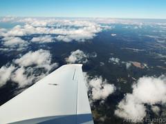 In Flight (Antônio A. Huergo de Carvalho) Tags: flight voo sky céu cloud clouds nuvem nuvens aviation aircraft airplane aviação avião aviaçãogeral cirrus cirrussr22 sr22 wing asa