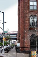 「Feelin' Brooklyn, III」 (Neptunien) Tags: brooklyn nyc ny back étatsunis eu usa united states america american neptunien trip trips williamsburg bridge brick brickwall brique briques