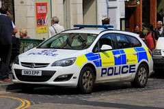 Police Scotland Vauxhall Astra Estate Incident Response Vehicle (PFB-999) Tags: police scotland ps vauxhall astra estate incident response vehicle car unit irv panda lightbar fendoffs leds sn13epp edinburgh