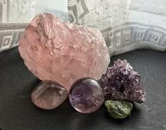 Katie's Crystals (larry_shone) Tags: crystals amethyst peridot gemstones geology