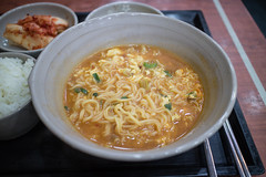 korean Instant Ramen. (Kim Jin Ho) Tags: spicy korea seoul traditional kimchi rice mushroom green onion