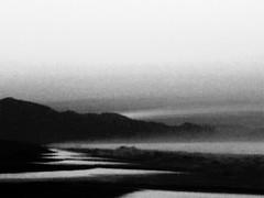 """Ghost song lodged in the throat of a mermaid"" (ix 2018) Tags: israfel67 méxico mexico guerrero piedelacuesta mar sea playa beach montañas mountains mist niebla amanecer sunrise byn bw"