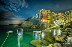 riomaggiore (cristgal56) Tags: grandangle riomaggiore italie ligurie cinqueterre nuit poselongue