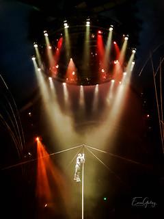 Cirque Du Soleil - acrobat