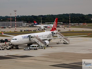 Turkish Airlines A330-303 TC-LNE at DUS/EDDL