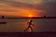 Al tramonto (marco arnesano) Tags: running