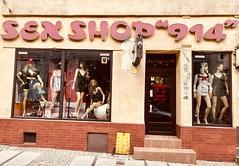 Sex Shop Polski (Berliner1963) Tags: sexshoppolski sexshop gorzówwielkopolski dessousgeschäft windowdisplay schaufensterauslage displaydummy schaufensterpuppe shopwindow schaufenster landsberganderwarthe poland polen