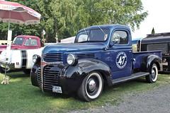 Dodge Pickup, 1947 (Triple-green) Tags: 1947 2018 auto carlzeiss carlzeissjena dodge flektogon420 kaunitz pentax pentaxkp pickup samstag strasenkreuzertreffen uscar