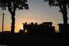 Die eine kleine Lücke (Der Lukas_Lehmann) Tags: dampflok sonne posewald rügen ostsee wald bahn abendlicht