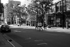 Sunday morning run (humbletree) Tags: sundaymorning madison capitolsquare fujixe2 runners morninglight