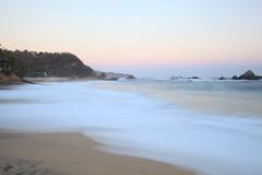 Mazunte Sunset (magdaolson) Tags: oceano playa olas exposicionlarga mar paraiso ocean waves oceanopacifico pacificocean pacific longexposure oaxaca mazunte mexico