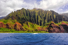 Napali Coast (jnhPhoto) Tags: clubtrip hawaii kauai napalicoast places coolpixa jnhphoto ocean pacific helicopter