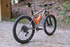 Marauder Superboost // 27Plus Mode (44 Bikes) Tags: 44bikes custombicycle mountainbike framebuilding marauder plus titanium
