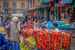 Scène de rue. Bhaktapur (alain.deroubaix) Tags: népal bhaktapur rue royale