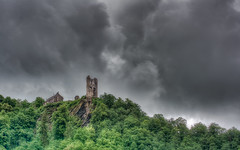 Mosel Impressions [02 of 12] (Michael A64) Tags: mosel burg grevenburg trabentrarbach traben trarbach wolken clouds weather wetter berg hügel bäume tree trees