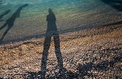 Schaduwen in de zee/Shadows in the sea (truus1949) Tags: vakantie istrië zee schaduw selfie