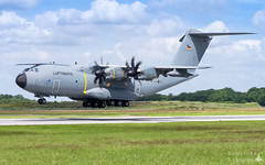 BA105 | Luftwaffe Airbus Military A400M Atlas (Timothée Savouré) Tags: 5404 luftwaffe german air force airbus military a400m atlas grizzly refueling pods pod evreux afb ab base ba105 lfoe evx