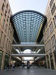 Leipziger Straße, Berlin (Stewie1980) Tags: berlin mitte deutschland germany allemagne leipziger strase mall eingang entrance urban city