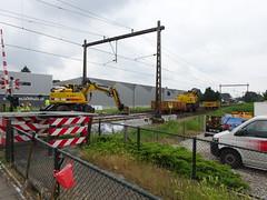werk aan het spoor Apeldoorn - Amersfoort aan het eind van de straat (willemalink) Tags: werk aan het spoor apeldoorn amersfoort eind van de straat