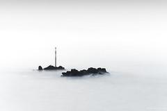 La roche du Chat (Kambr zu) Tags: erwanach kambrzu finistère bretagne tourism ach sea seascape landescape poselongue plougonvelin merdiroise paysagesmythiques nikon bertheaume