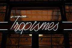 Tropisme (urb_mtl) Tags: galeries royales sainthubert sthubert princes tropismes bookstore librairie enseigne néon neon sign urbain urban bruxelles brussels belgique belgie