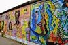 Otro color en el muro / Another colour in the wall (pepelara56) Tags: muro wall pintura arte berlín