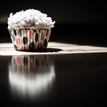 Cupcake in the light thumbnail