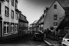 B&W Annaberg - Buchholz (Karabelso) Tags: annaberg altstadt bw stra0e gebäude city street architektur strase architecture building buchholz
