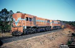 3487 D1562 D1563 north of Kirup (RailWA) Tags: railwa philmelling westrail 1983 d1562 d1563 north kirup