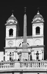 Trinità dei Monti (albireo 2006) Tags: trinitàdeimonti trinitadeimonti rome roma italy italia blackwhitephotos blackandwhite blackandwhitephotos blackwhite bn bw church obelisk