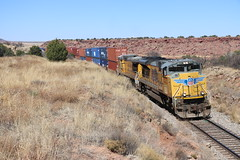 Hot bearing (Kees Wielemaker) Tags: tucumcari new mexico intermodal freight union pacific diesel sd70ace emd c408w ge ac4400cw