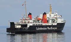 Calmac ferry MV Isle of Arran (Dave Russell (1 million views thanks)) Tags: calmac caledonian macbrayne motor boat ship vessel transport vehicle ferry ferries public car roro roll off water sea ocean clyde eilean arrain isle island arran sscot scotland scottish west western arriving arrival brodick