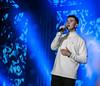 (Cindy en Israel) Tags: eurovisión israel israelcalling espectáculo música cantante hombre persona robado cándida candid azul telaviv plazaitzjakrabin