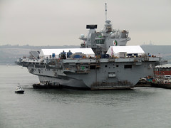 HMS Queen Elizabeth - Portsmouth Harbour, Brittany Ferries 2018 (Dave_Johnson) Tags: ferry brittanyferries englishchannel portsmouth harbour sea solent channel boat ship ro8 hmsqueenelizabeth hms queenelizabeth royalnavy warship aircraftcarrier queenelizabethclass navy