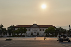 Three Kings Monument (Thomas Mülchi) Tags: chiangmai chiangmaiprovince thailand 2018 sunny threekingsmonument person persons sky sun people changwatchiangmai th