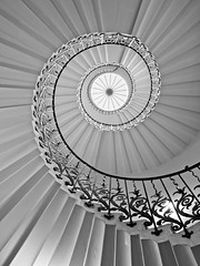 Spiral (Andrew H-W) Tags: andrewhaywardwills 2018 olympusomd5markii olympuszuiko 1240mm greenwich london staircase spiral