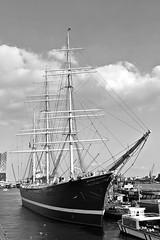Rickmer Rickmers (1896) (just.Luc) Tags: sailingship zeilschip segelschiff voilier bn nb zw monochroom monotone monochrome bw allemagne deutschland duitsland germany amburgo hamburg hambourg europa europe