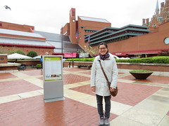 Elisa at the British Library (Sean_Marshall) Tags: library britishlibrary london camden england uk greatbritain