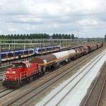 20180613 DBC 6442 + afvoertrein, Lage Zwaluwe thumbnail